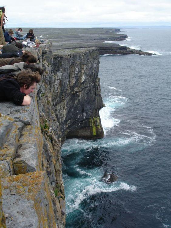 """Sylvia (Sprachreise Irland)  """"Es war wirklich so schön wie in den Bildbänden! Man ist nicht weit von den wunderbaren Landsschaften von Connemara entfernt, die Cliffs of Moher sind in der Nähe und die Aran Inseln liegen direkt vor der Tür."""""""