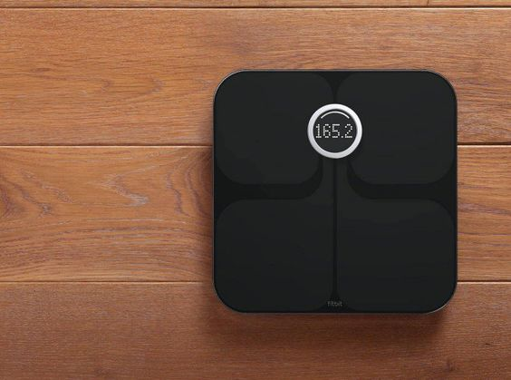 13 Best Weight Loss Gadgets for 2016  We'll focus on three main categories of weight loss accessories for iPhone and Android; fitness tracking, weight tracking and workout help. #fitwolverine http://www.gottabemobile.com/2016/05/11/best-weight-loss-gadgets/