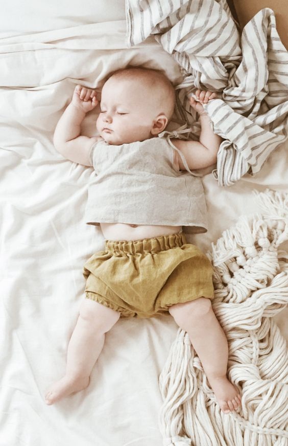 Handmade Linen Baby Outfit | moonroomkids on Etsy
