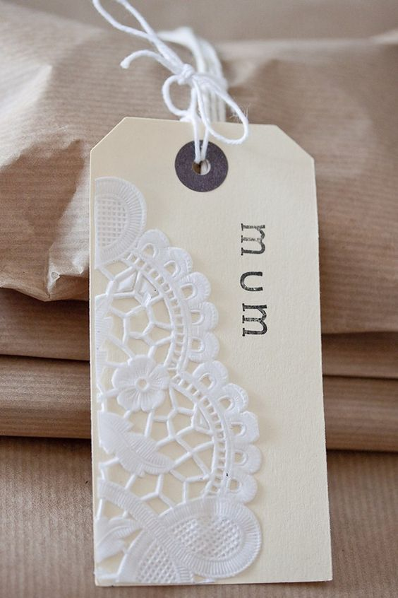 gift tags with paper doily trim