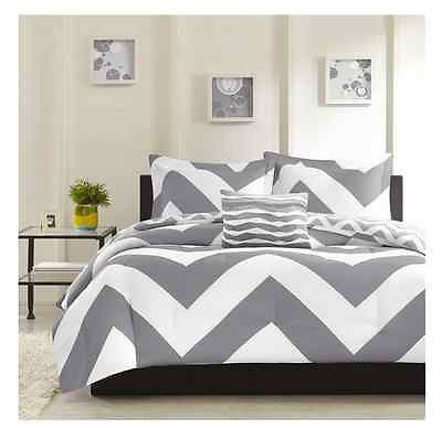 Gray White Twin Xl 3 Piece Comforter Set College Dorm Bedroom Contemporary For The Home