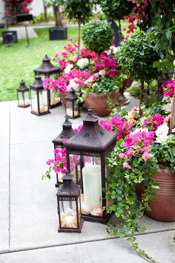 arrangement lanternes et potées: