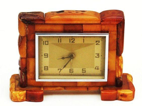Norddeutsche Bernstein Industrie Naujoks Mann & Gedenk Uhr Königsberg Amber