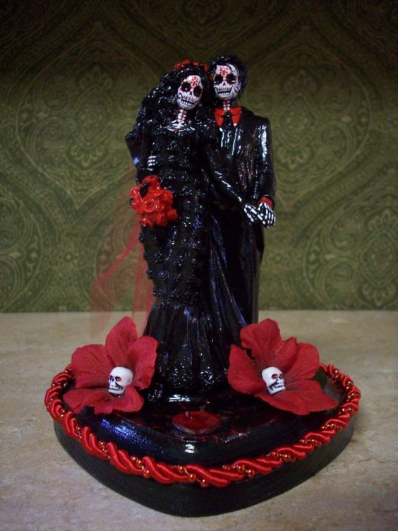 halloween wedding cake toppers wedding cake toppers wedding cakes 4674