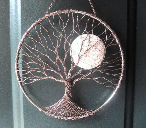 Calmante árbol, árbol de la vida del cable colgante de pared, Sun Catcher, decoración de árbol con Howlita luna