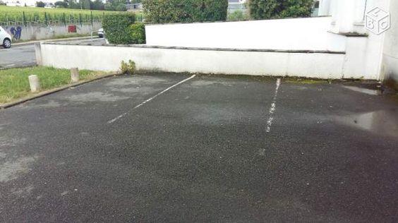 3 parkings proche faculté de Bordeaux ligne A tram