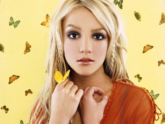 Britney Spears With Butterfly Wallpaper #15143 Wallpaper ...