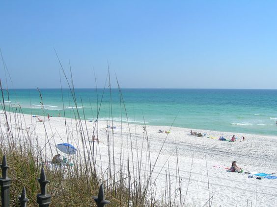 Destin, Florida....Where I've gone on vacation with friends for the past 15 years +....loveeee the gorgeous beaches !!!