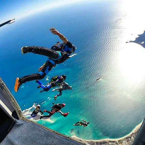 Who wants to jump right here?  #Regrann from @redrumbo @skydivejbay #turbolenza #gopro #adrenaline #flow #tropical #australia #boogie #beach #wa #flyfast #exit #freefall #freefly #skydiving #summer #sun #fun #extremesports