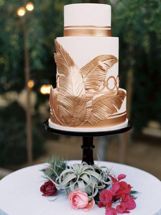 Tema tropical oro en tartas para bodas