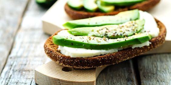 Alimentação: o que comer a meio da manhã e ao lanche