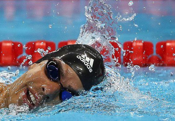 Maior medalhista dos Jogos #Rio2016 Daniel Dias celebra: 'Nem em sonho imaginava isso' http://bit.ly/2d4YpZU http://bit.ly/2cxgcDU
