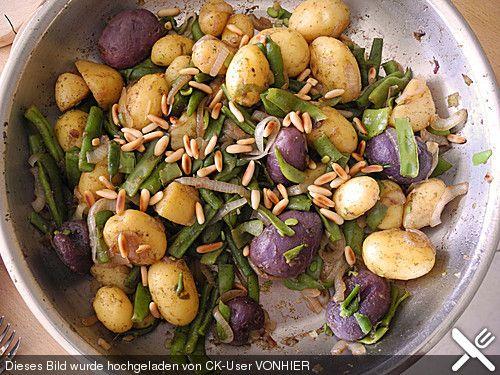 Grüne Bohnen mit Kartoffeln und Pinienkernen (Rezept mit Bild)   Chefkoch.de