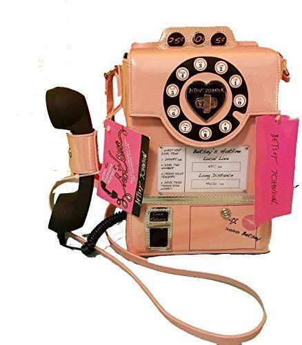 Neue Betsey Johnson Hotline Kitsch Pay Phone Funktioniert Crossbody Blush Pink Online Topselectsclothing In 2020 Handy Zubehor Betsey Johnson Funktioniert