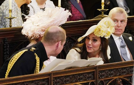 Prince William And Kate Middleton Chat In The Chapel- ellemag