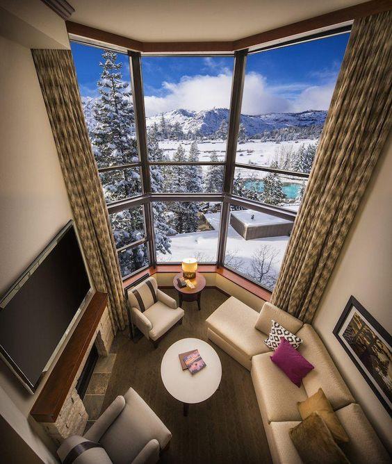 AMAZING Squaw Valley Resort | Ski Tahoe - Tips from the travel blog TravelBreak.net