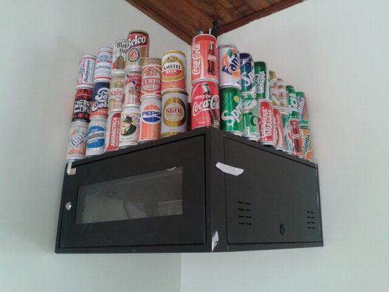 Coleção de latas retrô
