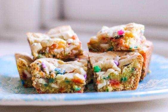 Funfetti Cake Batter Blondies  making these today!