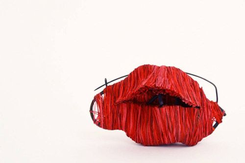 """Mireia Calaf - broche""""cortando obsesiones"""":"""