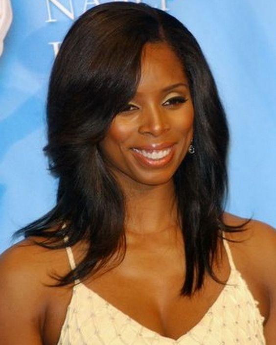 Medium Hairstyles for Black Women | Black women hair ...