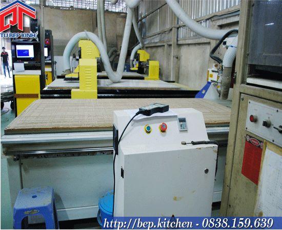 Máy CNC điều khiển bằng tay