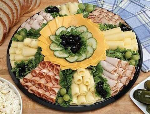 Les plateaux en fromages pour raclettes savoyardes -