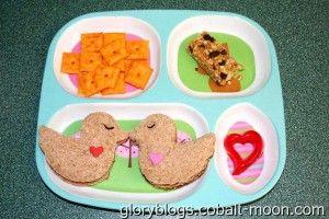 Lovebirds Lunch