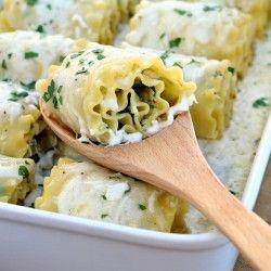 Chicken Spinach Lasagna Rolls