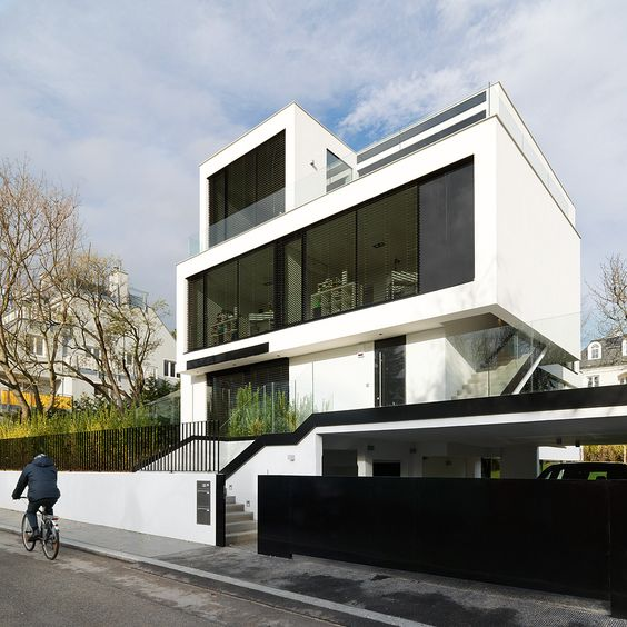 Zweifamilienhaus in Wien von FEITZINGER ARCHITEKTEN Foto Paul Ott - Spa Und Wellness Zentren Kreative Architektur