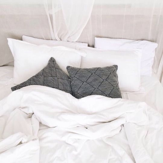 What Goes Inside A Duvet Cover Bedroom Design Luxurious Bedrooms Bedroom Interior