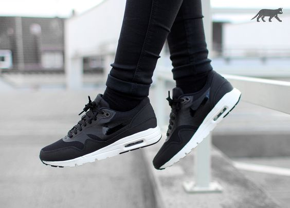 nike wmns air max 1 essential noir