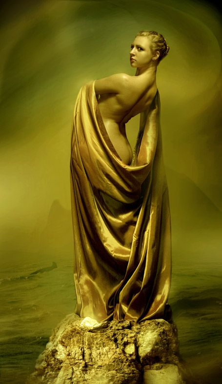 Venus callipyge twitch nip slip