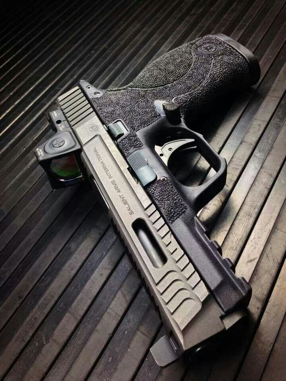 Salient arms international Smith & Wesson m&p