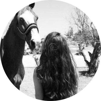 Pin By M M690aa11 On Caballos Photography Inspiration Portrait Ideas For Instagram Photos Horse Girl Photography