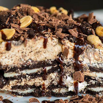 Chunky Peanut Butter Oreo Icebox Cake  @keyingredient #cake #dessert #peanutbutter