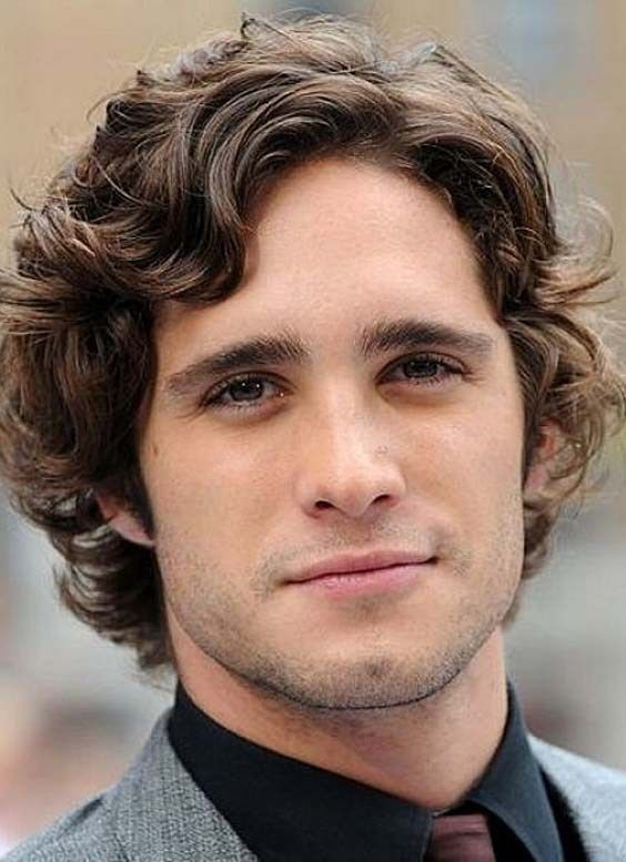 Trendy Hairstyles For Men With Thick Hair Best Hairstyles For Girls Medium Length Hair Men Medium Length Hair Styles Curly Hair Men