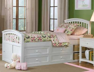 Captain's bed, this is what my princess girls need!