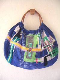 beautiful purses--no instructions, but inspirational