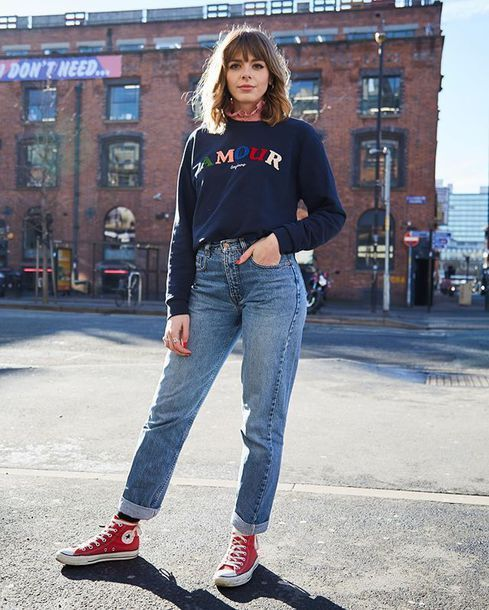 Red converse outfit