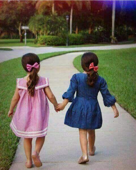 صديقتي الحبيبة الوفية الغالية على قلبى سينتهي عام احببتك فيه وسيبدأ عام أثق أنى سأحبك فيه أكثر قبل انتهاء ٢٠١٧ شكر ا لت Summer Dresses Fashion Dresses
