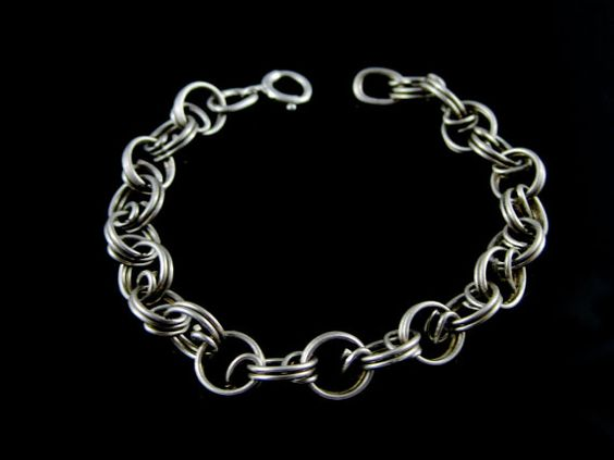 Vintage Double Link Sterling Silver Charm by Worldwideoddities