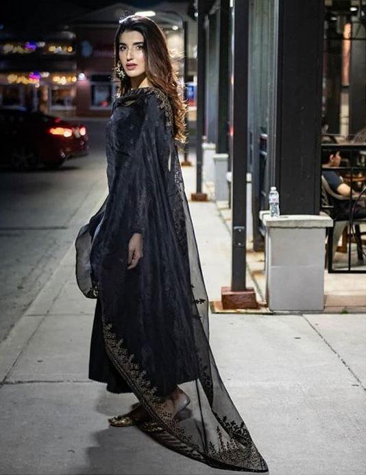 Talented Faiza Saqlain Displays Her New Luxe Pret Line 2019 on Hareem Farooq - Showbiz and Fashion