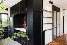 Bauhaus-Apartment-Raanan-Stern-9
