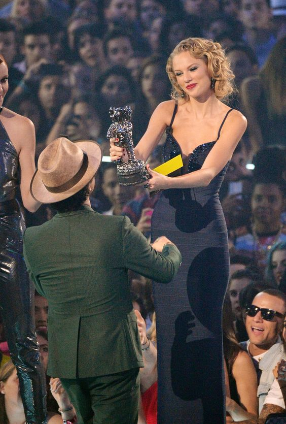 "Bruno Mars is 5'5"" and Taylor Swift is 5'10"". 