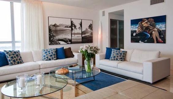 Escolhendo almofadas para a sala de estar