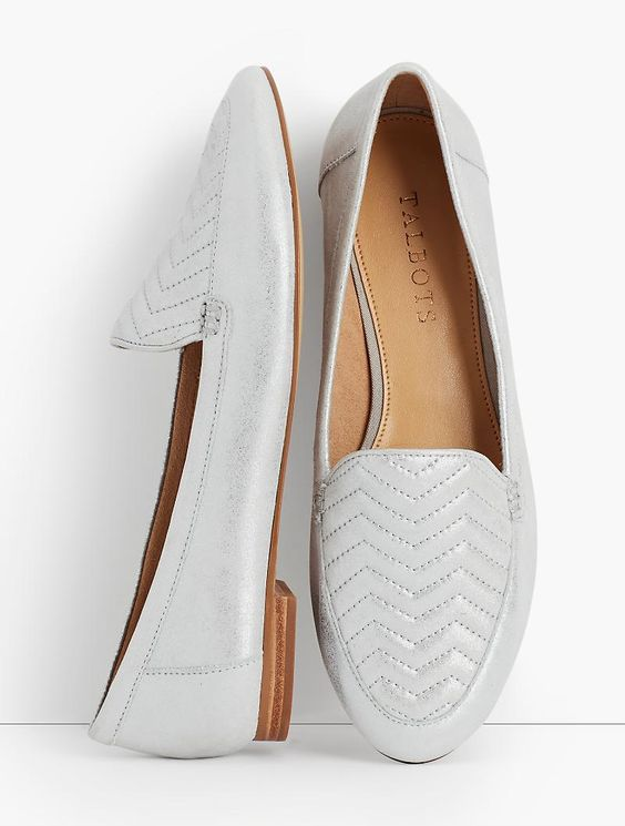 22 Comfort Flat Shoes To Rock This Year shoes womenshoes footwear shoestrends