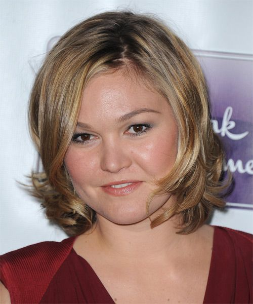 Julia Stiles Hairstyle - click to try on!