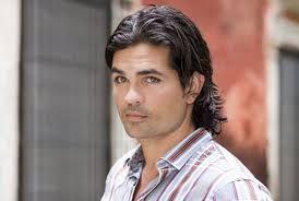 Ferdinando Valencia - ke guapo