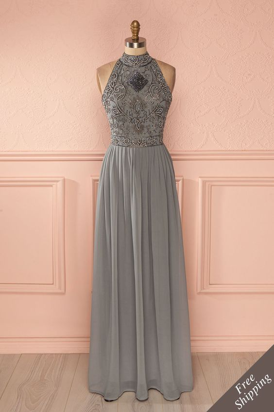 Robe longue voile gris buste brodé billes paillettes col montant - Maxi beads sequins embroidered bust high collar sleeveless grey veil dress