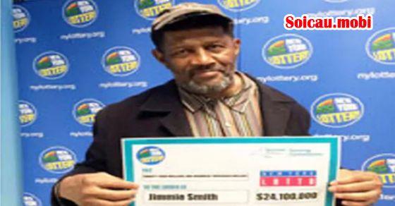 Cụ ông nhận ra mình trúng 24 triệu USD trước hạn chót hai ngày